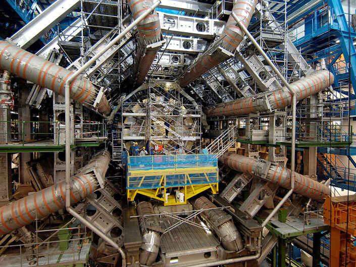Industriefotografie, LHC (Large Hadron Collider) am CERN Teilchenbeschleuniger in Genf.
