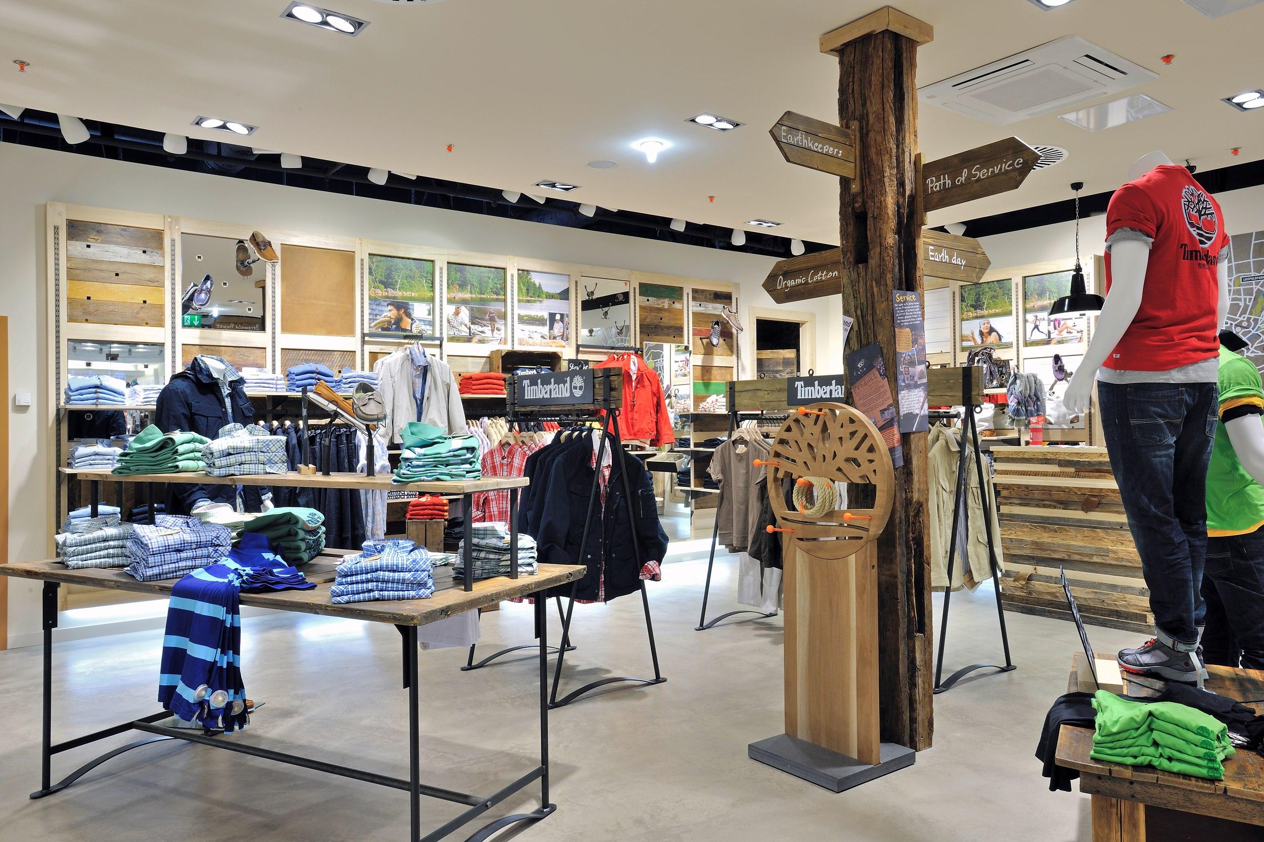 Inneneinrichtung von Timberland Shops in München, Dresden, Freiburg und Regensburg.